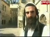 """Des militaires israéliens frappent des rabbins - Judaïsme contre sionisme (extrait """"L'oeil"""")"""