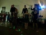 Ces soirées là, danse avec les copains de Primaire.