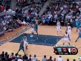 Jameer Nelson finds Marcin Gortat on the pick and roll for t