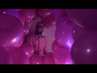 L'homme en rose  I