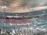 Finale PSG Monaco : Parcage Monaco agitation de drapeaux