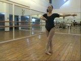 Cours de Danse Classique : 5 - Saut de chat