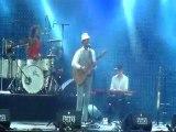 Charlie Winston - Kick the Bucket (Live Francofolies 2009)