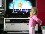 Who Let the Dogs Out sur Just Dance (Wii) par Lou Ann