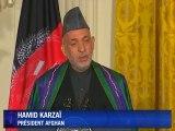 Démonstration d'unité entre Barack Obama et Hamid Karzai