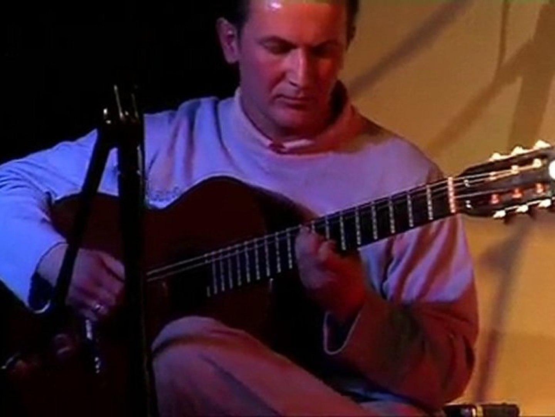 Paweł Pakieła-MDK Ostrów Maz-występ gitarowy-2010