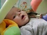 Ethan qui gazouille (5 mois)