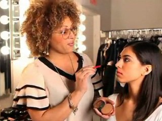 StyleCaster presents How to Perfectly Apply Bronzer