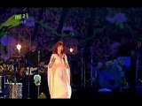 """Florence and the Machine """"Cosmic Love"""" live at Isle of Wight"""