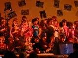 Juin 2010 - Spectacle école fin d'année - chanson des pommes