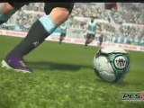 E3 2010 - PES 2010 - First Gameplay - 360 - Jeux Video Foot