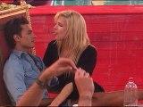 Caroline cherche vraiment Jason ...