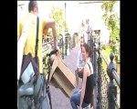Le collectif ETC installe une terrasse en carton