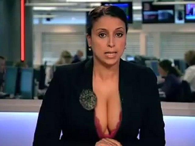 Présentatrice TV aux gros seins
