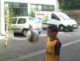 Selim Badi, presque 8 ans, prodige carolo du football