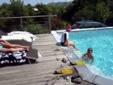 20100628 Alex saut per et Laurent saut piscine Corse