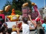 Quand la caravane St Michel du Tour de France passe....