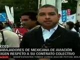 Protestan trabajadores de aerolínea Mexicana