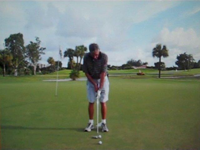 GOLFERS PUTTING GRIP IT WORKSwww.golfclubtowel.com