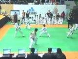 taekwondo compétition casse planches technique juniors