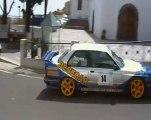voiture-rallye-virage-2-roues