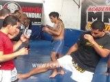 Seminario de Muay Thai: Make - Defensa con Patada Frontal