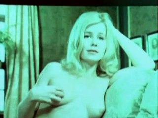 """Bande annonce du film """"Les expériences sexuelles de Flossie"""""""