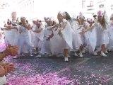La vie en rose, le défilé de la Biennale de la Danse, Lyon,