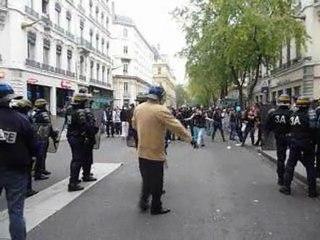 Lyon 18/10/10 : Interpellation en marge de la manifestation