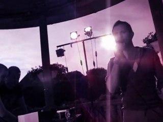 Hollowave - Pigheaded (Live version)