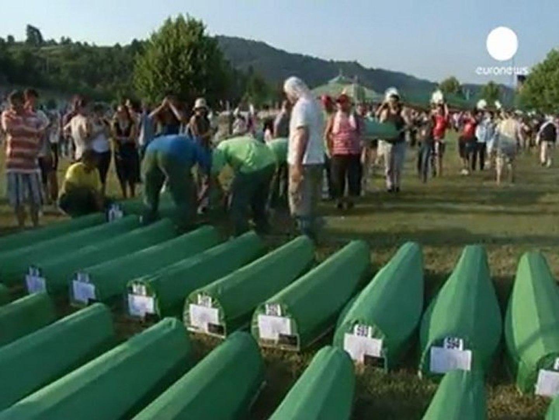 Bosnians mark Srebrenica anniversary