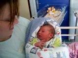 evan quelques heures après sa naissance
