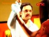 Woh Rehne Waali Mehlon Ki - 9th December 2010 - Parrt1