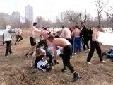 Baston de rue entre Hooligans Russe