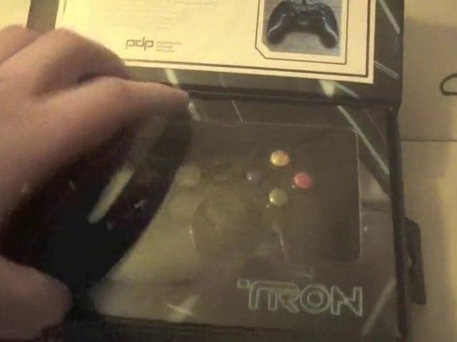 Deballage manette collector xbox 360 édition limitée Tron