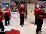 Super chorégraphie  : Les mères Noel de l'atelier Danse