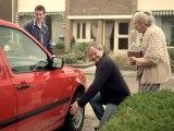 Pub Volkswagen - golf : une voiture de vielle mémé ?