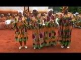 Association Chrétienne des Femmes, louange fang