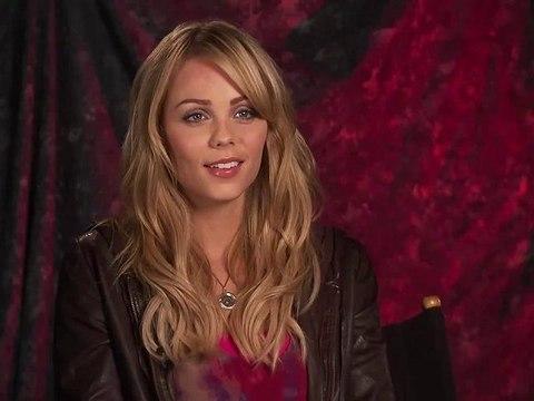 Wywiad - Laura Vandervoort #05