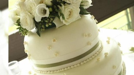 How To Select A Wedding Cake For An Informal Wedding