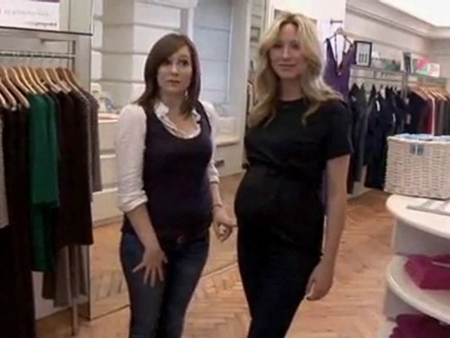 How To Show For Maternity Jeans. http://bit.ly/2zwnQ1x