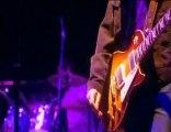 Oasis - Live Forever (Live Wembley 2000)