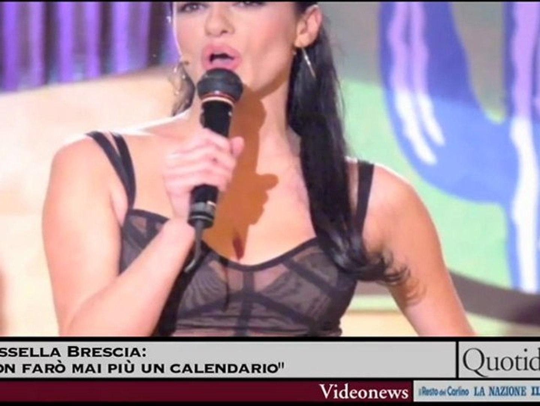 Rossella Brescia Calendario.Rossella Brescia Non Faro Mai Piu Un Calendario Video