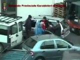 Catania - Carabinieri vestiti da Babbo Natale arrestano esattore