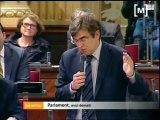Polèmica per la negociació de lleis al Parlament