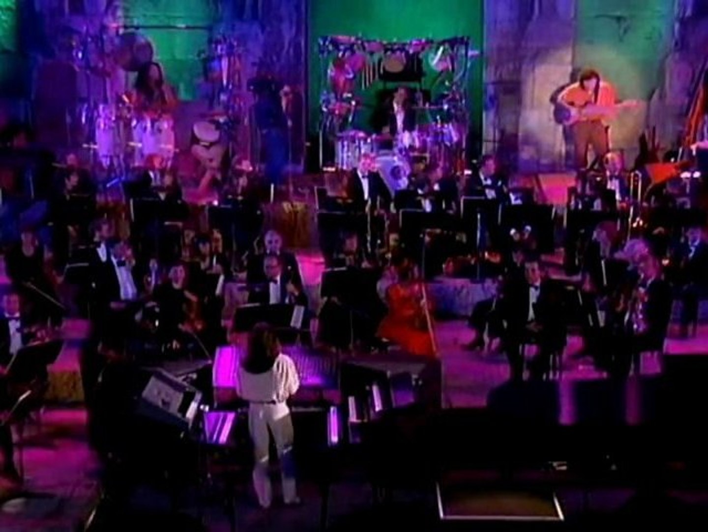 Yanni -The Rain Must Fall(Live in Acropolis)HD