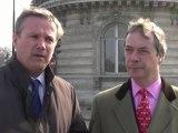 Nicolas Dupont-Aignan et Nigel Farage