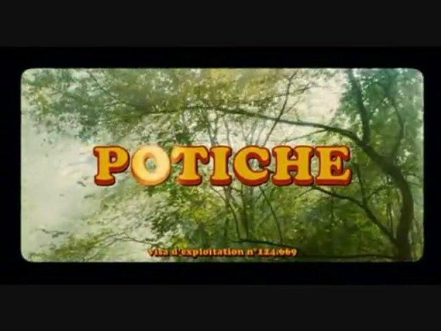 Curro Savoy siffle dans le film Potiche