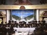 Bobov Simchas Bais HaShoeva Sukkos Playing Violins