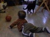 Je joue au ballon avec Kikou (16/03/11)